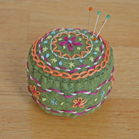 Pin_cushion1_2